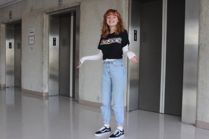 Writer+Rhiann+Ashmore+rocks+her+trendy+mom+jeans.+