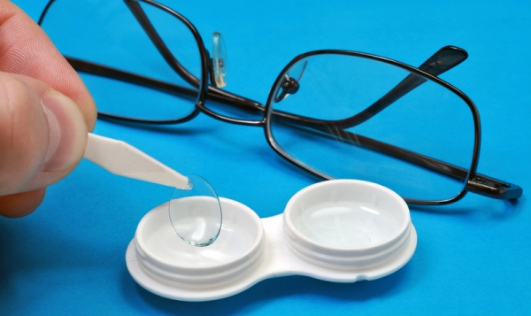 Glasses versus contacts: an optical conundrum