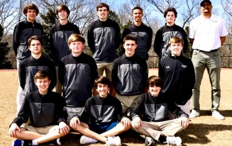 Dubs Golf Team Shooting for Above Par Season