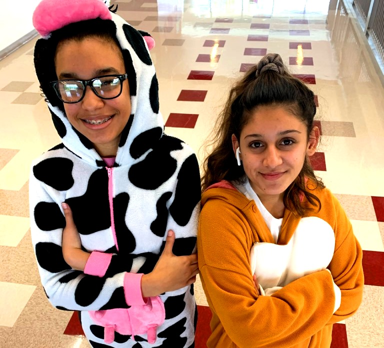Pajama+Party%3A+Sophomores+Shaliah+Fricas+and++Sophia+Sharma+show+lots+of+homecoming+spirit+during+Monday%E2%80%99s+%E2%80%9CPajama+Day.%E2%80%9D+