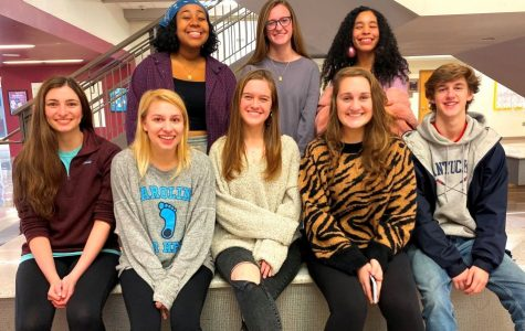 Count to 20: Assembled Warrior Wire seniors are fierce in their pre-holiday stances. Staffers who are part of the formidable Wire Class of 2020 are: (front row, l to r) Maddy Carter, Mary Grace Ray, Bailey Diamond, Grace McCaffrey, John Fiveash, (Back row) Lenox Johnson, Olivia Chewning, Leah Overstreet.