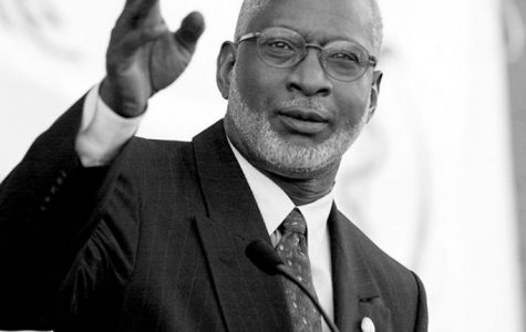 Doctor's Orders: Former Surgeon General Dr. David Satcher advises students to mask up.