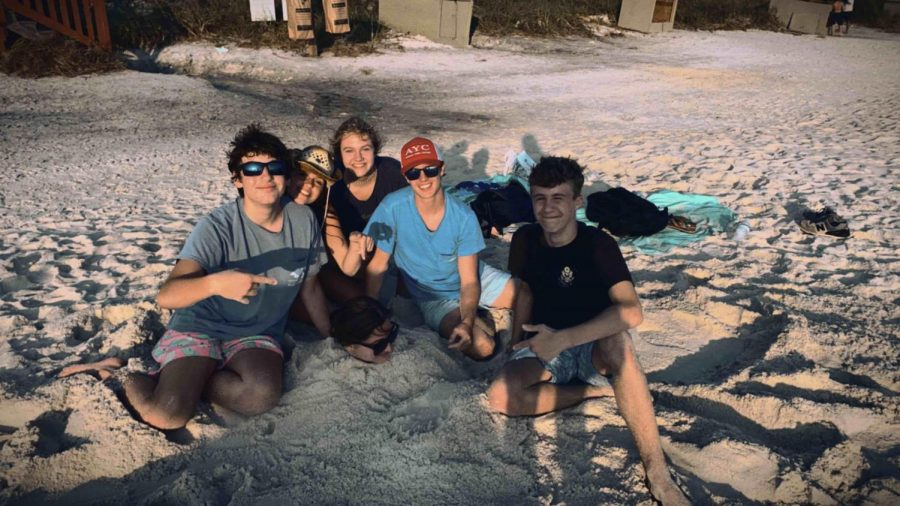 Soaking Up the Sun: While this year's fall break is not necessarily the same as most year's, many Dubs have still been able to find ways to travel. Pictured above from left to right are sophomores Ryan Hohenstein, Maggie Koontz, Caroline Edwards, Brent Shannon, and Summer Kirsch enjoying their time at the beach.