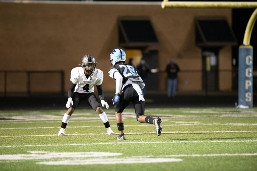Senior Cornerback Tony Moore goes one on one with a Lovejoy defender.