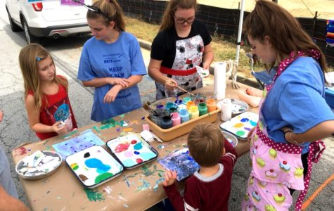 National Art Honor Society Promotes Art at Brookhaven Art Festival