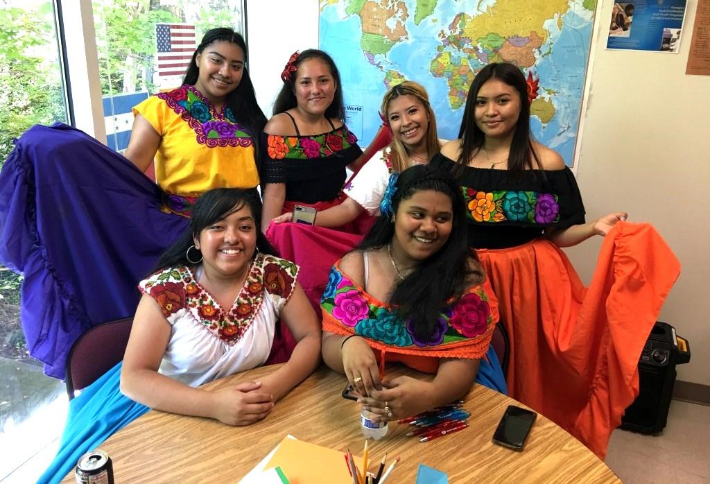 Somos Uno: North Atlanta comes together to celebrate Hispanic Heritage month. Pictured: (Left to Right) Janet Jwarez, Lissette Garcia, Marleny Fransisco, Itzel Tornez, Emelie Lopez, Nancy Hernandez.